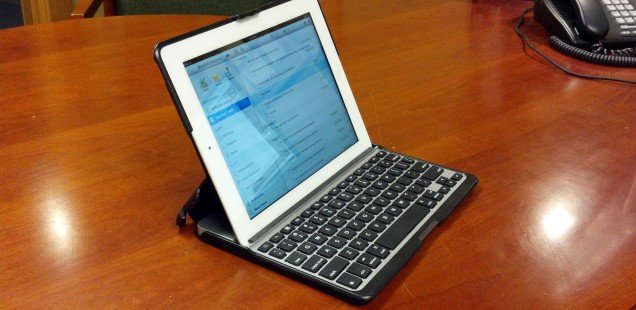 My ZAGGfolio for iPad Review: I Kinda Like This Thing