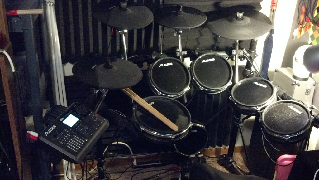 Alesis DM10 Drum Kit Toms and Cymbals
