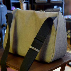 evernote-triangle-bag-back-angle