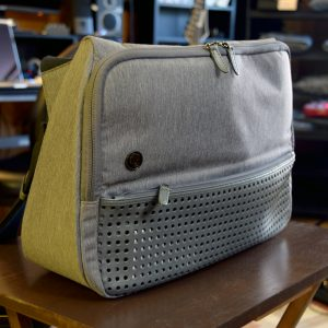 My Review: The Evernote Triangle Commuter Bag