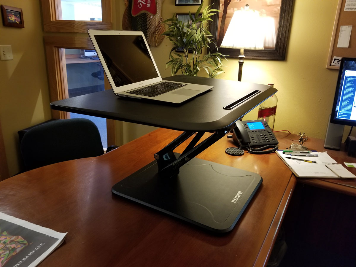 Flexispot-F3MB-Standing-Desk-Side-Up